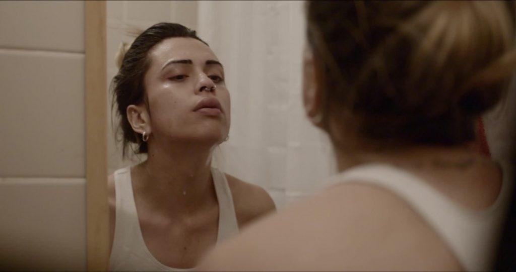 Alyha Love Filmstill mirror