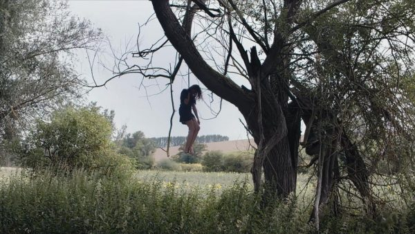 Filmstill from Hurensoehne - ein Requiem. death by hanging