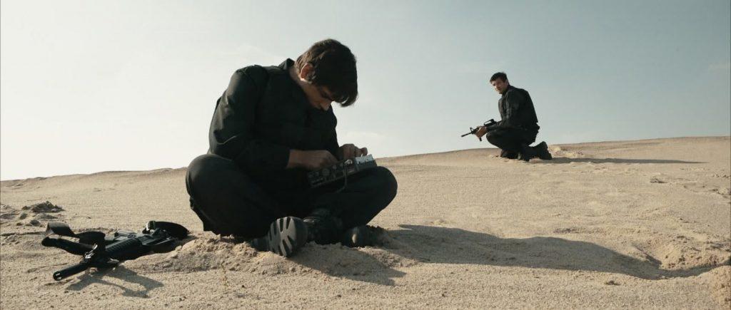 Zwei Soldaten Filmstill - Markus Krojer , Peter Bosch Wueste Reperatur